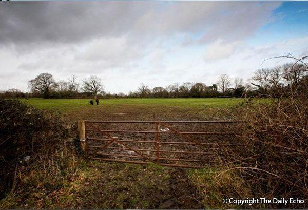 Land North of Loperwood Lane, Calmore