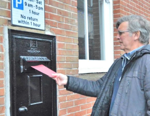 Councillors' Stamp Of Approval To Push To Re Open Post Box